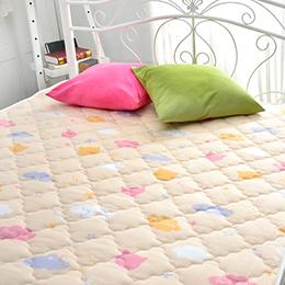 義大利Fancy Belle X DreamfulCat 特大純棉防蹣抗菌透氣防水平面式保潔墊-貓咪雲朵
