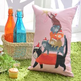 義大利Fancy Belle X DreamfulCat 數位午安抱枕 42*26CM-貓貓疊疊樂