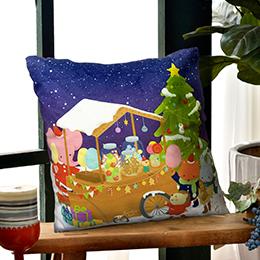 義大利Fancy Belle X Mandie Kuo《聖誕小象的點心舖》麂皮靠墊 45*45CM