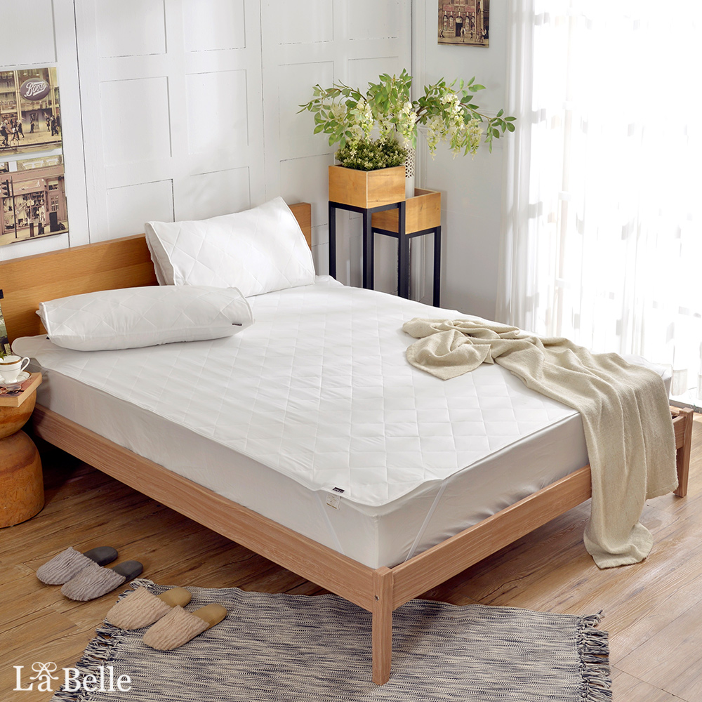La Belle《純白素雅》特大平面式防潑水保潔墊