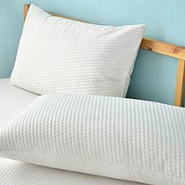 義大利La Belle 《純白品味》防蹣抗菌透氣防水信封式保潔枕套-2入