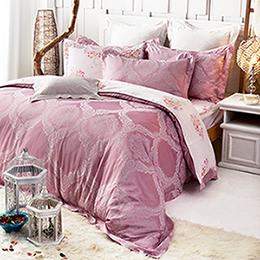 義大利La Belle 雙人天竹緹印花防蹣抗菌舖棉兩用被床包組-傾城紫戀