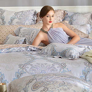 義大利La Belle 雙人天絲防蹣抗菌舖棉兩用被床包組-聖羅彌亞