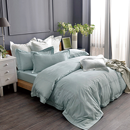 義大利La Belle 雙人長絨細棉刺繡被套床包組-典雅風範(寧靜藍)