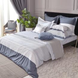 義大利La Belle《時尚格調》特大防蹣抗菌吸濕排汗兩用被床包組